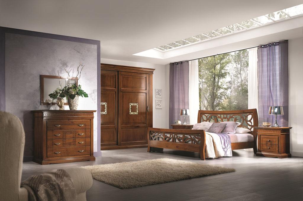 Camera da letto classica in legno massello modello paola for Camere da letto