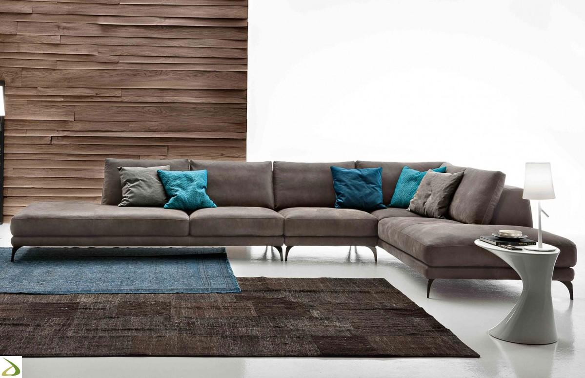 Divano moderno modello retof arredo casa fvg for Divano moderno